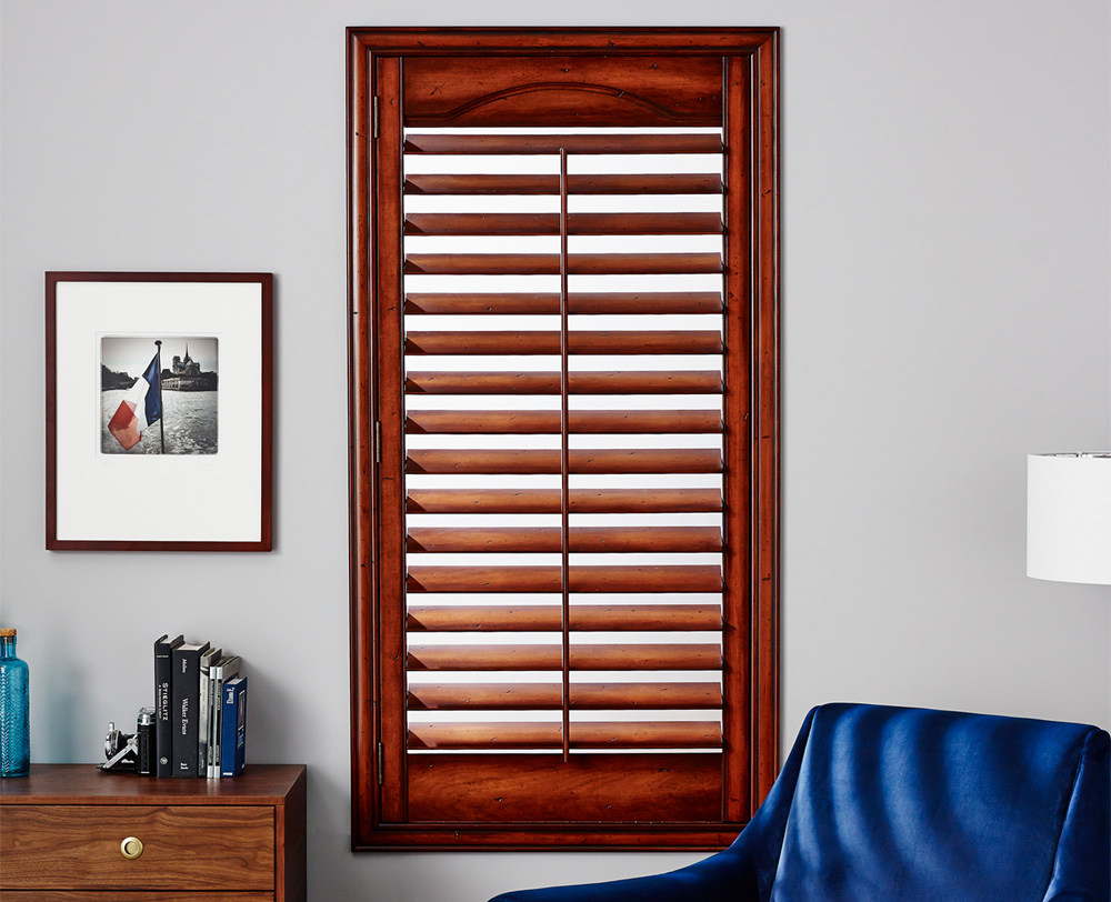 Wood finish Plantation blinds in Columbia SC by Blinds N More